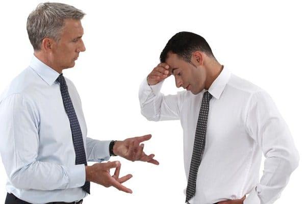 Как правильно критиковать сотрудников