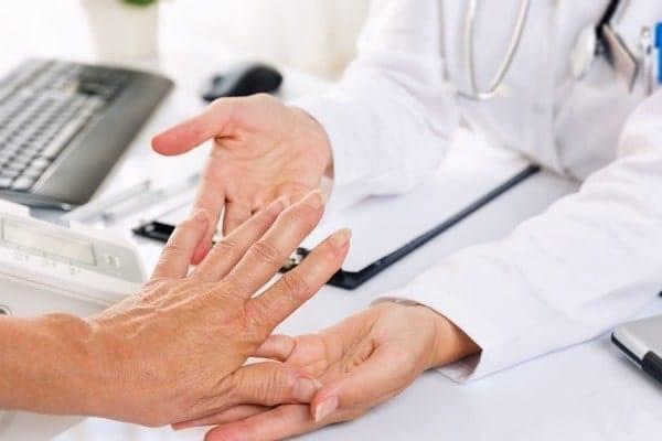 Ревматоидный полиартрит: определение, причины, симптомы, диагноз