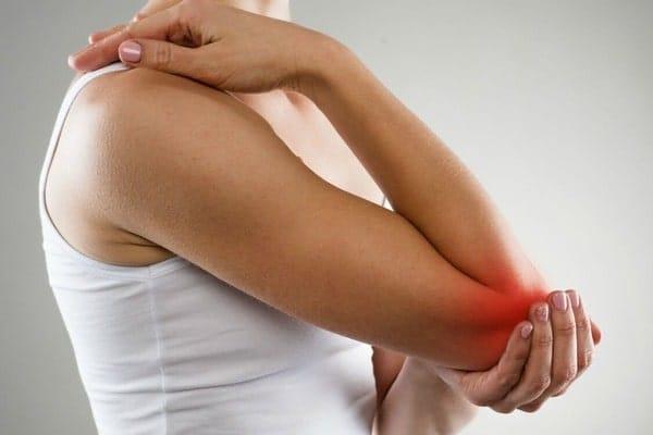 Боль в локтях – причины, лечение