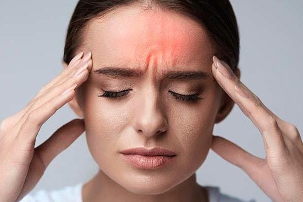 Особенности мигрени и оказание первой помощи