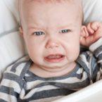 Болит ухо у ребенка - первая помощь