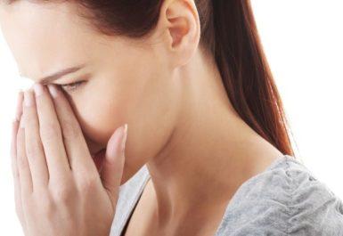 Фурункул на носу: причины, симптомы, лечение, возможные осложнения