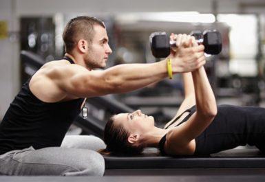 Каким должен быть фитнес-тренер и на что необходимо обратить внимание во время поиска тренера